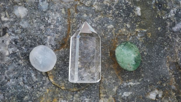 top-5-benefits-of-clear-quartz