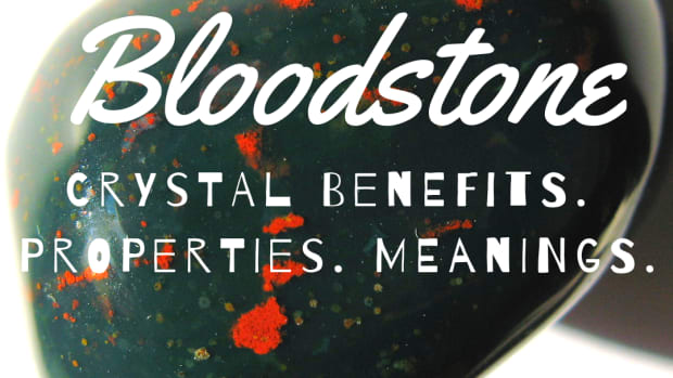 crystal-healing-bloodstone-properties-and-meaning
