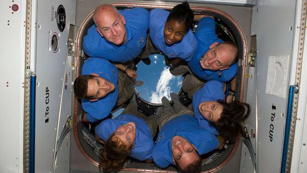 keeping-astronauts-sane