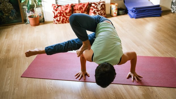 this-is-how-yoga-builds-superior-strength-and-endurance