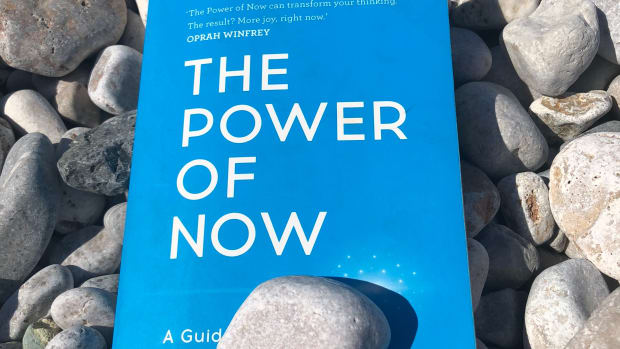a-forthwith-review-of-eckhart-tolles-the-power-of-now