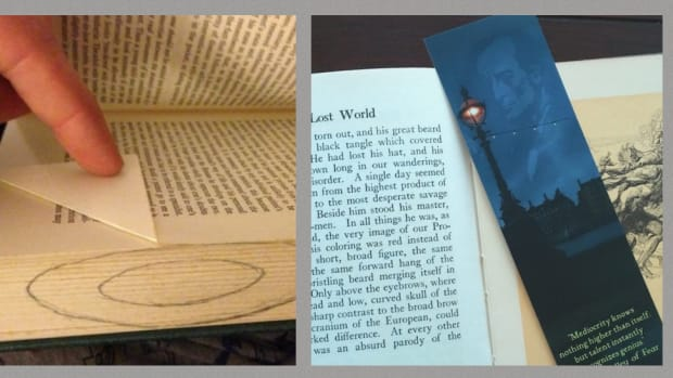 6-crazy-book-marks-for-book-lovers