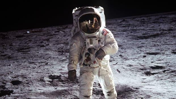 apollo-11-the-epic-journey-to-the-moon