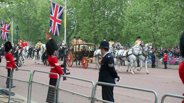 royal-fairy-tales-weddingsroyal-scandals