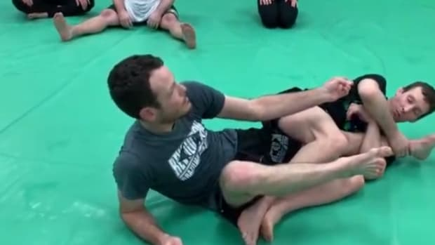 how-to-escape-a-kneebar
