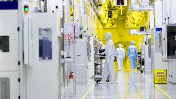 the-world-of-the-semiconductor-cleanroom