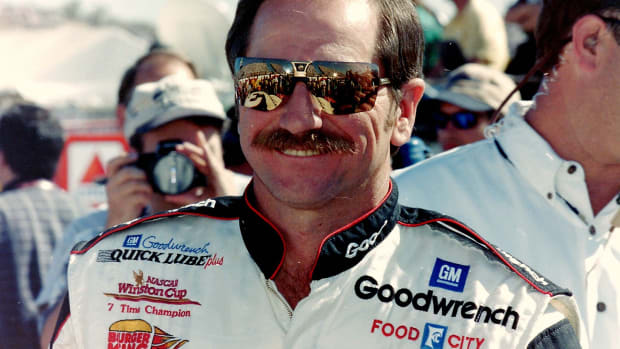 dale-earnhardt-quick-facts