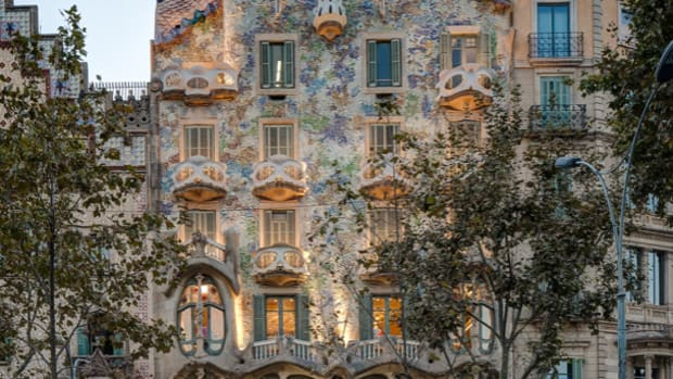 a-guide-to-barcelonas-fairy-tale-homes