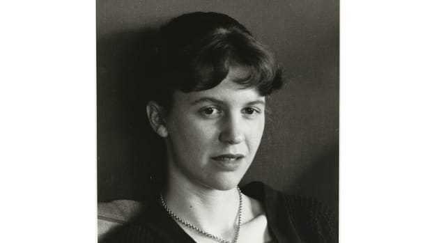 analysis-of-poem-the-arrival-of-the-bee-box-by-sylvia-plath