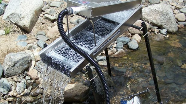 the-highbanker-an-automatic-power-sluice
