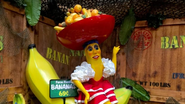 ten-songs-about-banana-republics