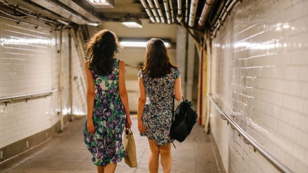 chapter-2-of-girlfriends-dresses-and-you