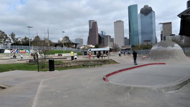 jamail-skatepark-stunning-texas-sized-skatepark-in-houston