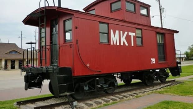 m-k-t-railroad-museum-with-caboose-depot-in-katy-texas