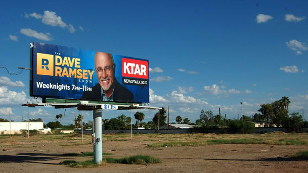 is-dave-ramsey-right-is-1-000-enough-for-emergencies