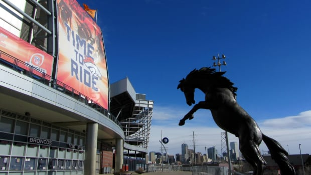 photo-tour-of-the-denver-broncos-stadium