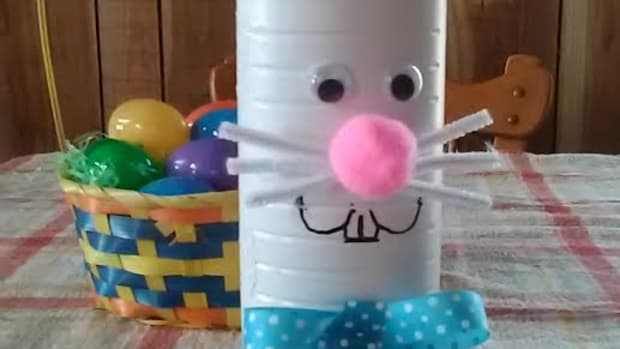 diy-easter-candy-holder-re-purposed-plastic-chip-container