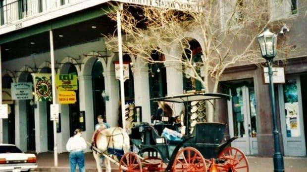 galveston-texas-historic-strand-district-harbor-and-tourism