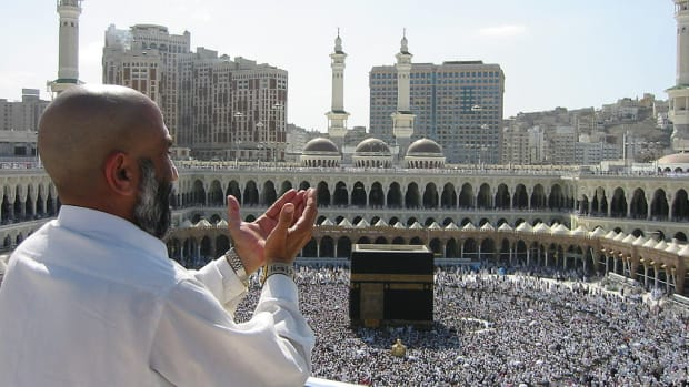 10-largest-religious-gatherings-in-human-history