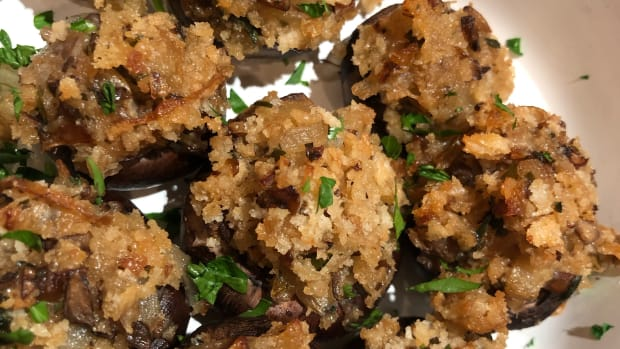 super-tasty-stuffed-mushrooms