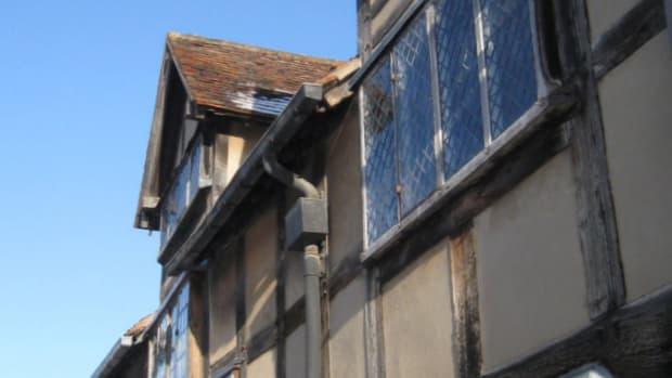 Shakespeare's Birthplace. Stratford-Upon-Avon * Copyright Tricia Mason. 2010