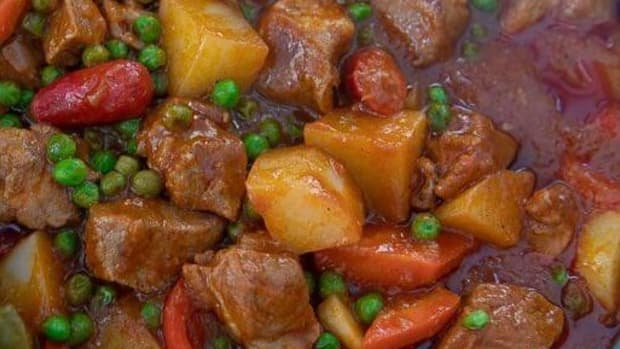 pork-afritada-filipino-pork-stew