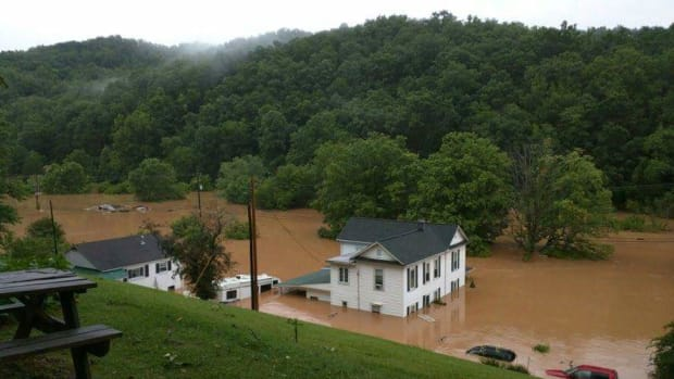 west-virginia-flooding-west-virginia-strong