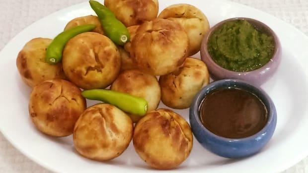 aloo-ki-khasta-kachori-recipe