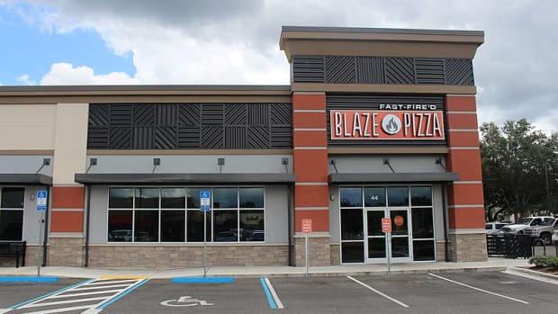 4-reasons-blaze-pizza-is-the-best-place-to-get-pizza