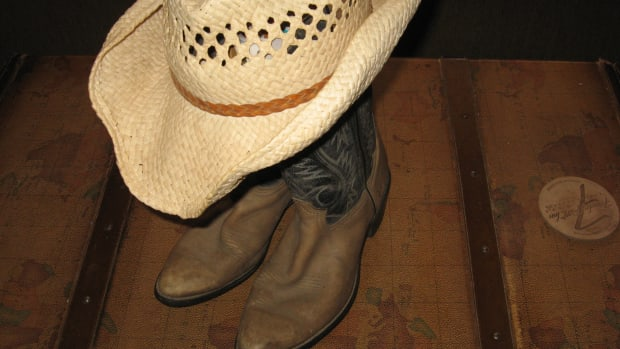 adult-party-ideas-cowboy-party