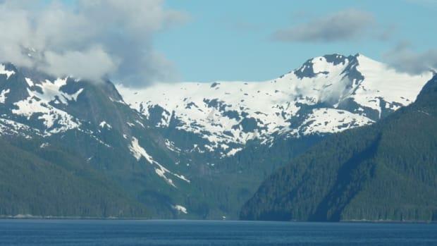 alaska-cruising-the-inside-passage-to-hubbard-glacier