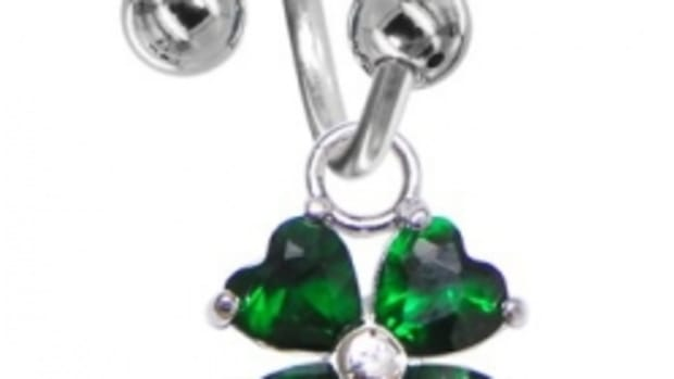 shamrock-body-piercing-jewelry-gifts-for-st-patricks-day