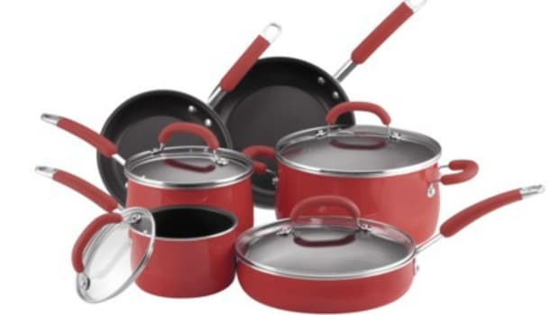 why-i-love-rachel-rays-10-piece-cookware-set