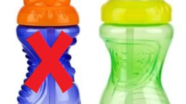nuby-sippy-straw-cup-vs-flip-it-cup-review
