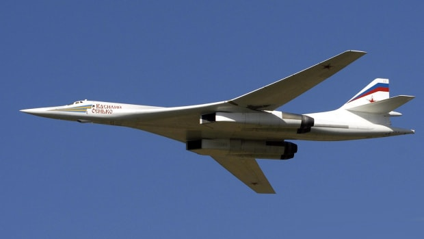 the-russian-strategic-bomber-tu-160-is-back-as-the-tu-160-m2