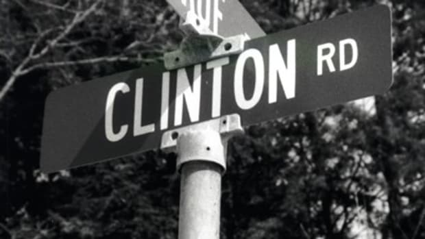 clinton-road-the-most-terrifying-road-in-the-us