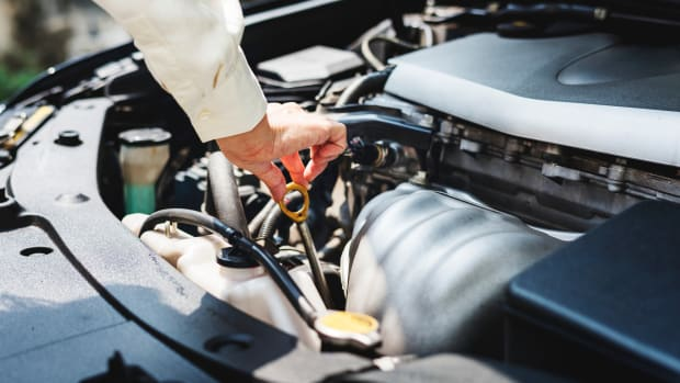 10-basic-car-maintenance-tips-for-beginners