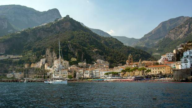 a-spring-visit-to-the-italian-amalfi-coast