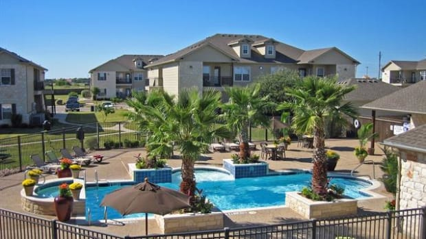 the-riviera-apartments-do-not-rent-them-9900-china-spring-rd-waco-tx-76708