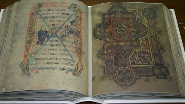 the-book-of-kells-irelands-national-treasure