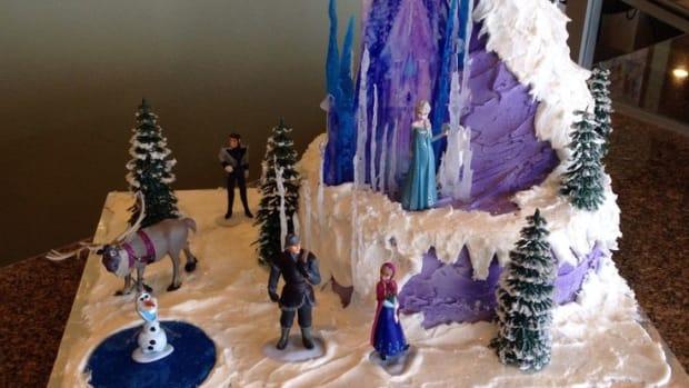 top-10-disney-frozen-birthday-cakes