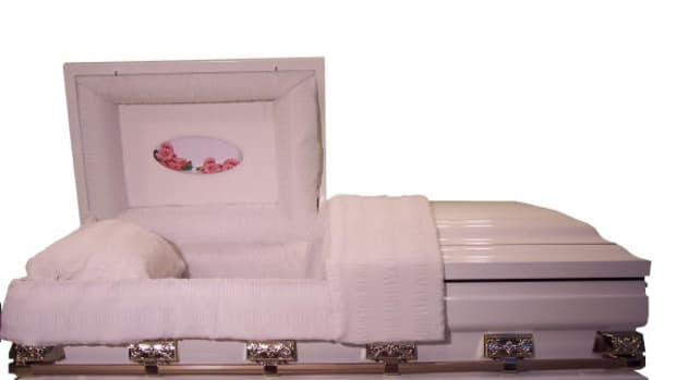 oversized-coffins-and-funerals-for-large-people