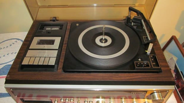 the-zenith-integrated-stereo-system-model-is-4041