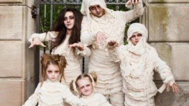 how-to-make-a-mummy-costume