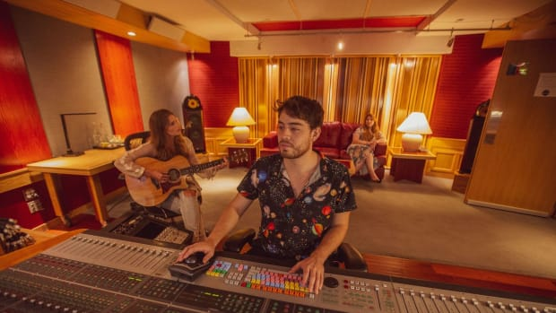 remote-recording-how-innovative-audio-engineer-mateo-barragan-remains-ahead-of-the-game