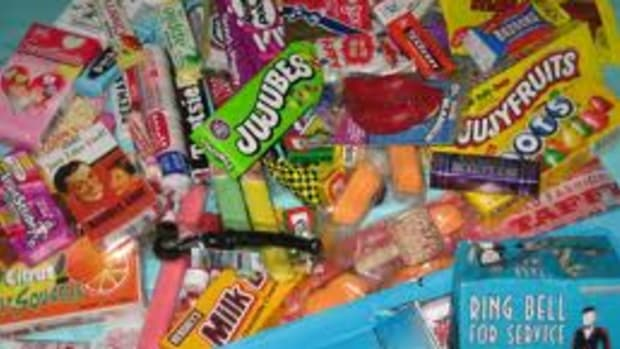 retro-candy-from-the-40s-50s-60s-and-so-on