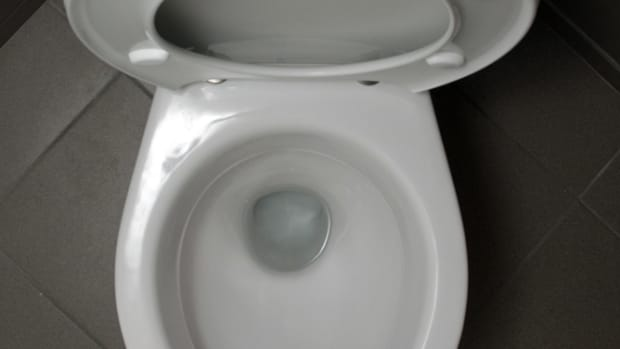 how-my-90-year-old-mother-fixed-thetoilet-or-what-to-do-when-your-toilet-stops-up