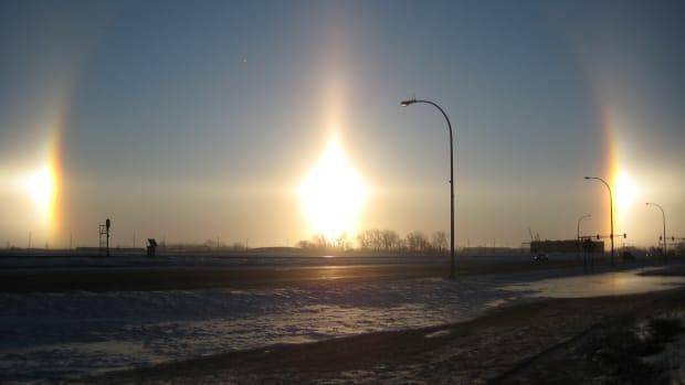 sundog-of-phantom-sun-phenomenon