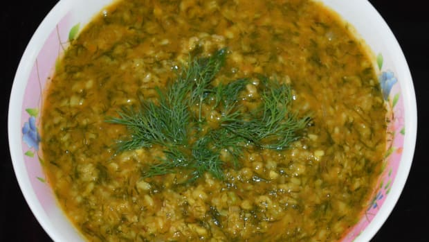 dill-leaves-and-mung-beans-curry-moong-dal-dill-leaves-side-dish