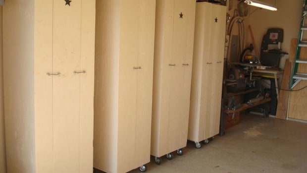 building-rolling-storage-cabinets-for-your-garage